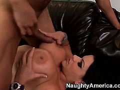 Tattoos with juicy breasts gets her deadeye attacked by hard meat pole