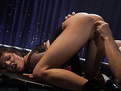 Vanessa Lane gets mouth stuffed the way she loves it
