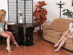 Brunette Brooke gets the pleasure from masturbating like never before