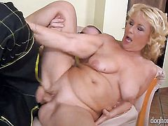 Extremely horny honey Mark Zicha shows her cock sucking skills in oral action with horny fuck buddy
