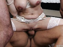 Allison Moore with massive melons gets her fudge packed