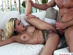 Horny guy Johnny Castle fucks sweet pussy of juicy blonde Marsha May