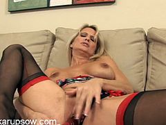 Seamed stockings on a sexy toy fucking mom