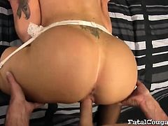 Inked cougar enjoys doggystyle fuck