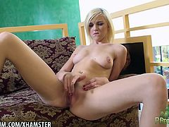Lacey Leveah masturbates her very nice pussy for an orgasm
