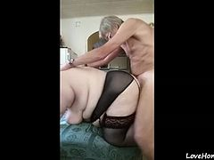Old parents getting fucked at home in missionary and doggystyle position