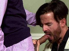 Rodney Steele knew the weak point of Brendan Patrick and showed him his dick, to seduce. Brendan Patrick hesitated a bit to give blowjob, but once he started sucking Rodney's dick, there is no looking back. Horny gay encounter between amateur and veteran.