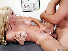 Keiran Lee uses his rock solid meat pole to bring Blonde Sarah Vandella with huge boobs to the edge of nirvana