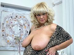Renatte searched a lot for a dating partner, but she couldn't find a right man. Finally, she decided to satisfy herself and became naked. After relaxing on the sofa, the bbw mature inserted her middle finger into her pussy and moved it in and out slowly. Her pace increased in few minutes and she had fun.
