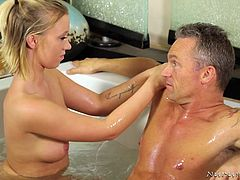 masseuse turns kinky in the shower