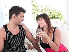Brunette Mali Luna gets the pleasure from sucking Ramon Nomars meat pole like never before