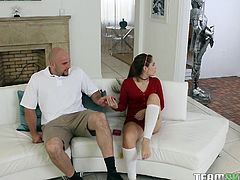 She's flexible and her boyfriend has a big cock. She simply can't get enough of it. This hot babe can fuck in all sorts of wild positions. He can lift her upside down and they can do standing 69. Brooke will suck him off for hours.