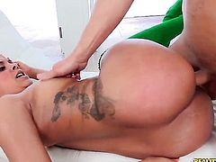 Michael Vegas uses his thick love stick to make blowjob addict Piercings Meagan Maze with bubbly bottom happy