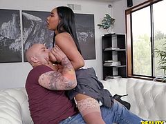 sexy ebony maid gets her cunt fingered and licked