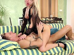 Oversexed hottie Victoria Puppy seduces her hot blooded boyfriend