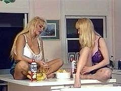 Wendy Whoppers & Lisa Lipps playing with each other