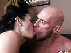 Johnny Sins loves fuck hungry Veronica Avluvs amazing body and fucks her mouth as hard as possible,