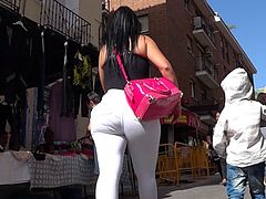 Spanish big butt mature in white jeans