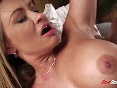 Claudia Valentine's amazing body ravished by an insatiable hunk