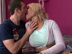 But this naughty babysitter soon came to understand. He wanted to bang her before his wife got home. Theres something irresistible about a blonde with big boobs, then add the fact that youve hired a tranny nanny, and every boner wants to be in that bouncy butt