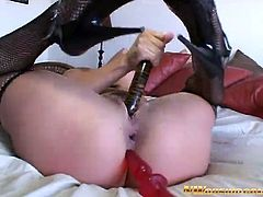 Butty brunette whore loves Anal Massage with Big Black Cock