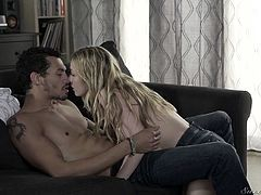 Flat blonde Karla Kush gives the best ever yum-yum blowjob and gets her slit rammed