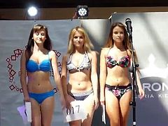 Bikini teen beauty contest