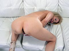 Erica Lauren spreads her legs for a hot masturbation session