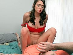 Feaky girl, Ashly Anderson, really enjoys when somebody sees her fucking with her boyfriend. This time it will be her crazy roommate and she will do a lot to satisfy him. Pull your dick out of your pants and join them!