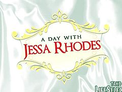 A day with Jessa Rhodes