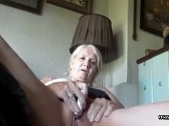 Kelly, married grandma from Texas. I have more sexual energy than ever before. I want to expose myself completely. My fantasies, my masturbation, my orgasms