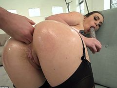 French oiled up bitch Tiffany Doll dildo fucks her twat during hot anal sex
