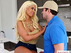 Bodacious blond seductress Bridgette B fucks kinky delivery guy