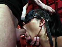 Luscious trapped blindfolded London Keyes enjoying her BDSM action