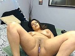Brunette With Perfect Curves Twerks While Banging Herself
