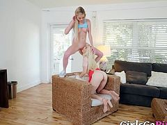 Petite dykes Jane Wilde and Chloe Foster going down hard