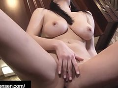 Penthouse Pet Jelena Jensen Finger Fucks Her Wet Juicy Cunt!
