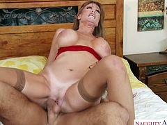 Delicious and hot blooded mommy Darla Crane seduces friend of her son