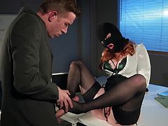 This is another lonely evening in the office and nothing foreshadowed change for Danny, when suddenly a woman in a black ski mask appears on the threshold and his dick instantly gets harder... Join and enjoy an unpredictable story!