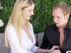 Stepmom Robbye craving for stepsons cock