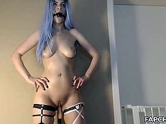 Excited Shaved Hoochie Fucked Hard By A Machine