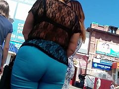 Big ass sexy mature milfs in tight pants