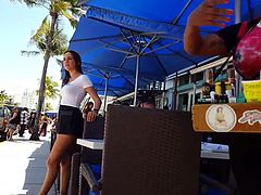 Candid voyeur nice tight waitresses in shorts hot legs