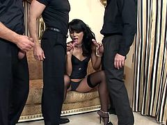 Sizzling bitch in stockings Suzie Diamond tries to cope with three crazy dicks