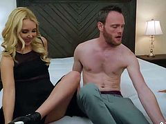 Reagan Foxx and Aaliyah Love have a Milfy Threesome