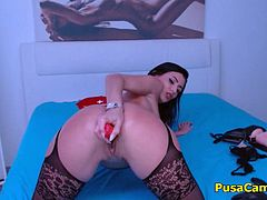 This is someting special we have here brunette babe cover with oil over her sexy body in sexy lingerie who masturbate on oiled dildo toy. She has tight big ass and she knows a litle twerking, her pussy is looking soo tasteful like a gummy bears while she masturbating and fingering her wet pussy.