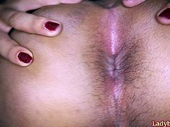 Horny Thai shemale Nim gives guy a blowjob and a rimjob. Guy stimulates her dick with a vibe toy during the frottage action. After it Nim finally got her ass fucked bareback.