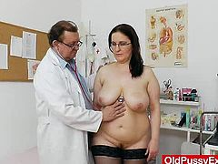 Big boobs madam got huge natural breasts and went for regular vag examination which will be done by a nasty Specialist in his perverted gyno clinic
