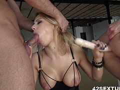 Nikky Thorne and Anita Bellini love anal fuck