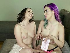Jelena Jensen and Jenna Sativa like to strip down together